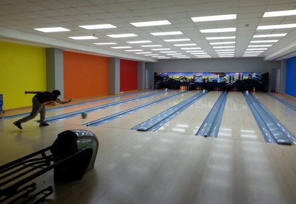 kfupm-mall-bowling-alley.jpg